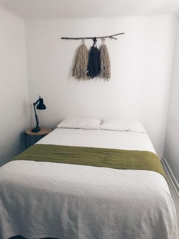 quarto pequeno mas aconchegante <3
