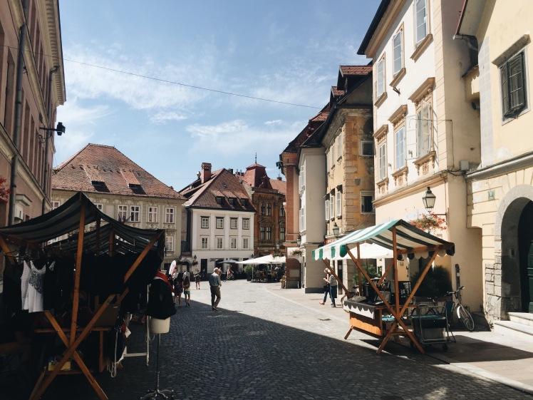 4-dias-pela-eslovenia-liubliana-market